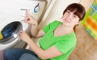 Стиральная машина сливает воду