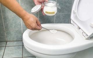 Как убрать каменный налет в унитазе